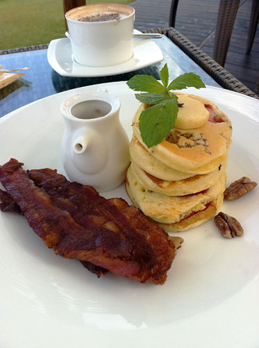 サマヤの朝食 パンケーキ